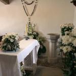 casa rural con capilla